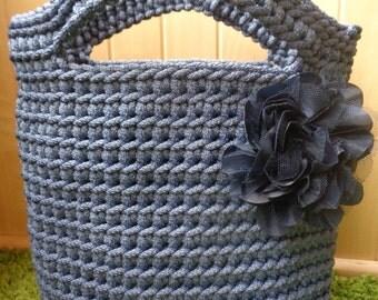 Light blue knitted bag