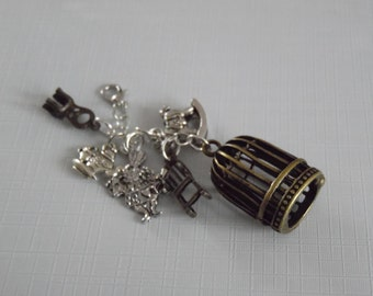 Alice In Wonderland theme cluster charm