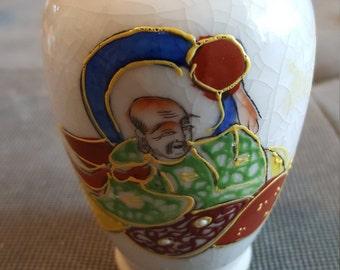 4 inches satsuma vases male figure