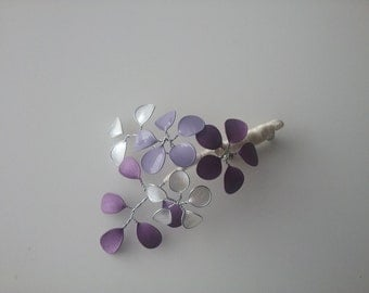 Boutonniere, pin lilac groom