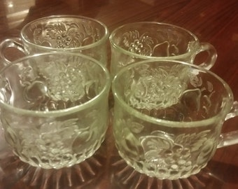 Vintage glassware tea cups set of four