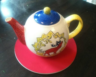 Teapot Hirsch cool and retro