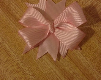 Small boutique style bow