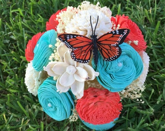 Sola Centerpiece in coral and turquoise with butterfly accent