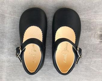 Daisy Shoe, Deep Navy