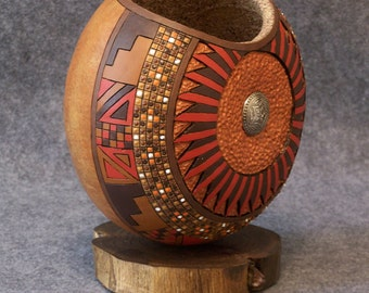 Carved and Painted Fine Gourd Art Mandala Design