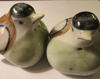 Hand Painted Ceramic Little Birdie Salt and Pepper Shakers