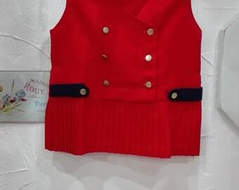 Child red pleats dress