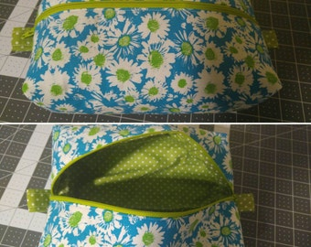 Zippered Box Pouch (Green and Blue Floral)