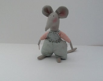 Cheeky Country Mouse