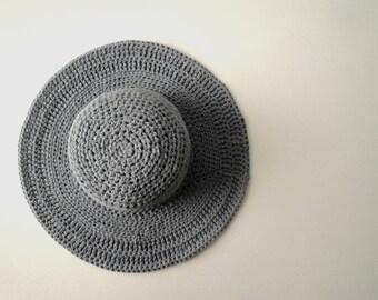 Women's Wide Brim Summer Hat in Stonewashed Denim