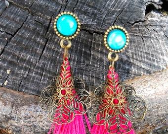 Earrings in bronze with tassel Garnet