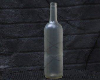 Frost Wine Bottle with Clear Rings