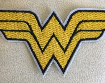 WONDER WOMAN badge sew/iron on embroidered patch