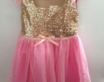 Pretty pink sparkly girls princess party dress outfit