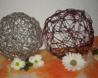 Wire balls set of 2