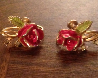Beautiful Vintage Rose Earrings