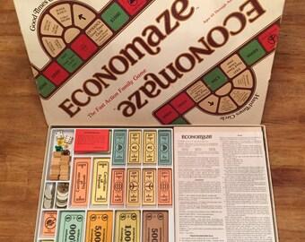 1979 Complete / Rare Economaze Game of Economics by ECM Ltd