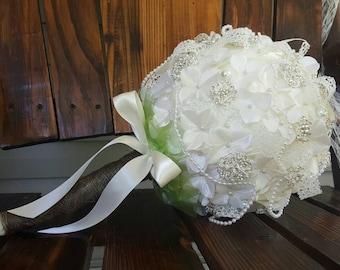 Bride Brooch Bouquet