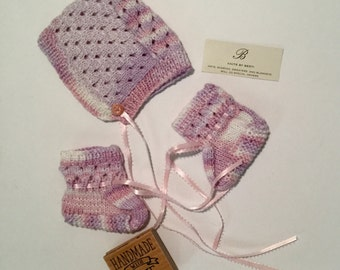 Infant bonnet and booties