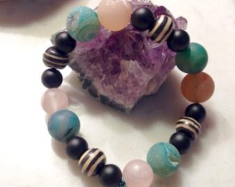 Agate geodes & Onyx Bracelet