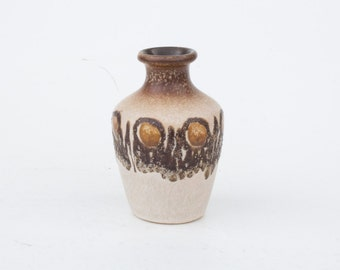 Vintage ceramic vase-Retro interior design