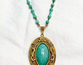 Vintage  Czechoslovakian Peking Glass Necklace