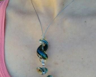 Green spiral necklace glass