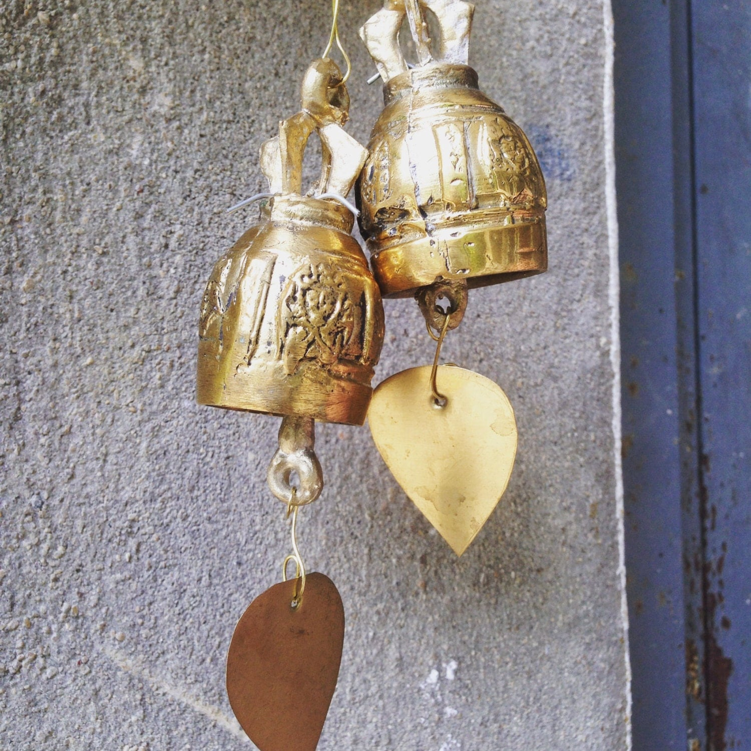 bells buddhist single men Memorial wind chimes a remembrance with music driven by the wind let loving memories live onwith a personalized remembrance of music driven by the wind every day friends and family of the bereaved are looking for a meaningful and enduring sympathy gift alte.