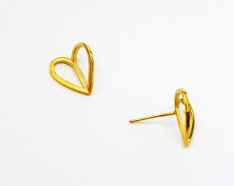 Heart Studs / 1065