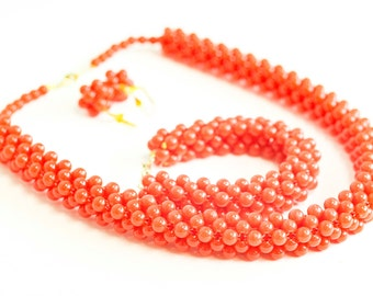 red matted bead set