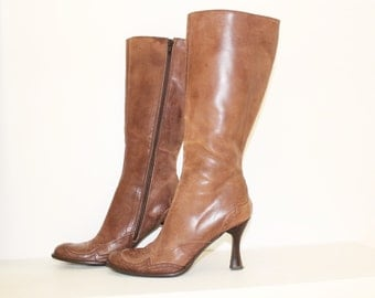 MAJA Leather Brown Vintage leather chunky high heel tall pull on boots  Size 36
