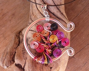 Necklace tree of multi-coloured life