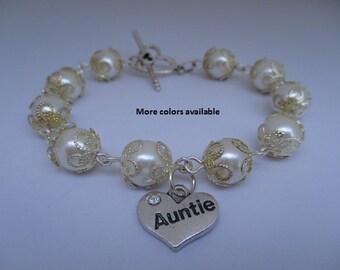 Auntie Pearl & Charm Bracelet-Auntie gift-auntie jewelry-auntie bracelet-bridal shower gift-wedding party gift-wedding shower jewelry, B241