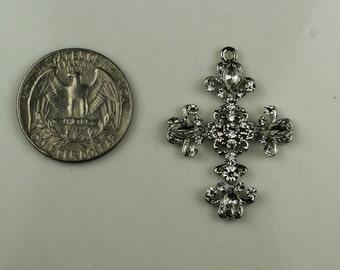 Silver Pendant Cross w Rhinestones