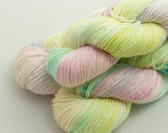 Salt Water Taffy on Shoal, 75 Merino 25 Nylon, fingering weight yarn handdyed indie