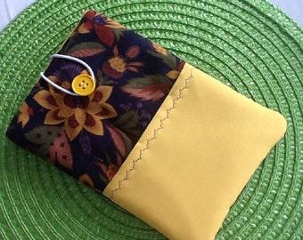Vintage Floral Print Kindle Fire / IPad Mini Sleeve