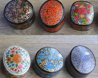 Hand painted papermache trinket/ jewellery/ ornament box