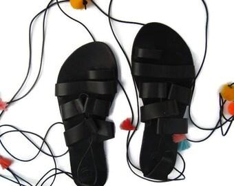 Pom Pom Sandals, Boho Greek Sandals, Ethnic Sandals, Römersandalen, Tie Up Sandal, Colorful Sandals, Lace-Up Gladiators, Boho Ethnic Sandals