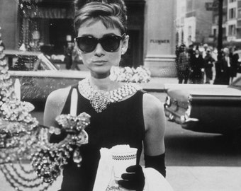 Audrey Hepburn Breakfast At Tiffany's 8 x 10 photo #4