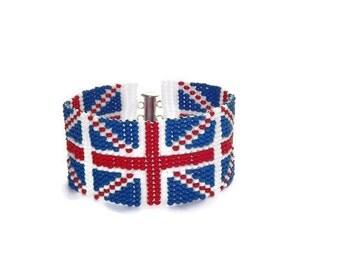 Beaded blue bracelet Blue red bracelet Patriotic bracelet Flag bracelet British flag Beaded bracelet Magnetic closure Unisex