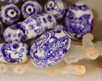 Vintage Oriental Blue and White Glass Beads