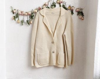Cream vintage cardigan