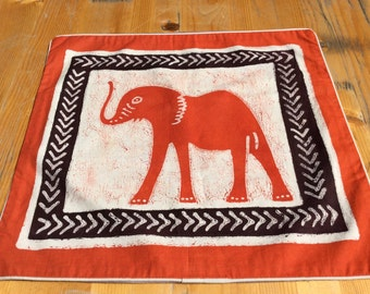 Batik-Kissenbezug-Elefant rot 40x38,5 cm