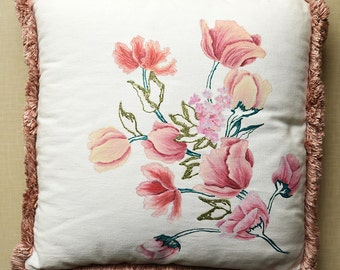 Cotton cushion ivory with hand-painted flowers