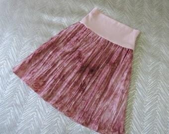 Tween girls cotton lace soft top skirt in pink. Girls clothes.