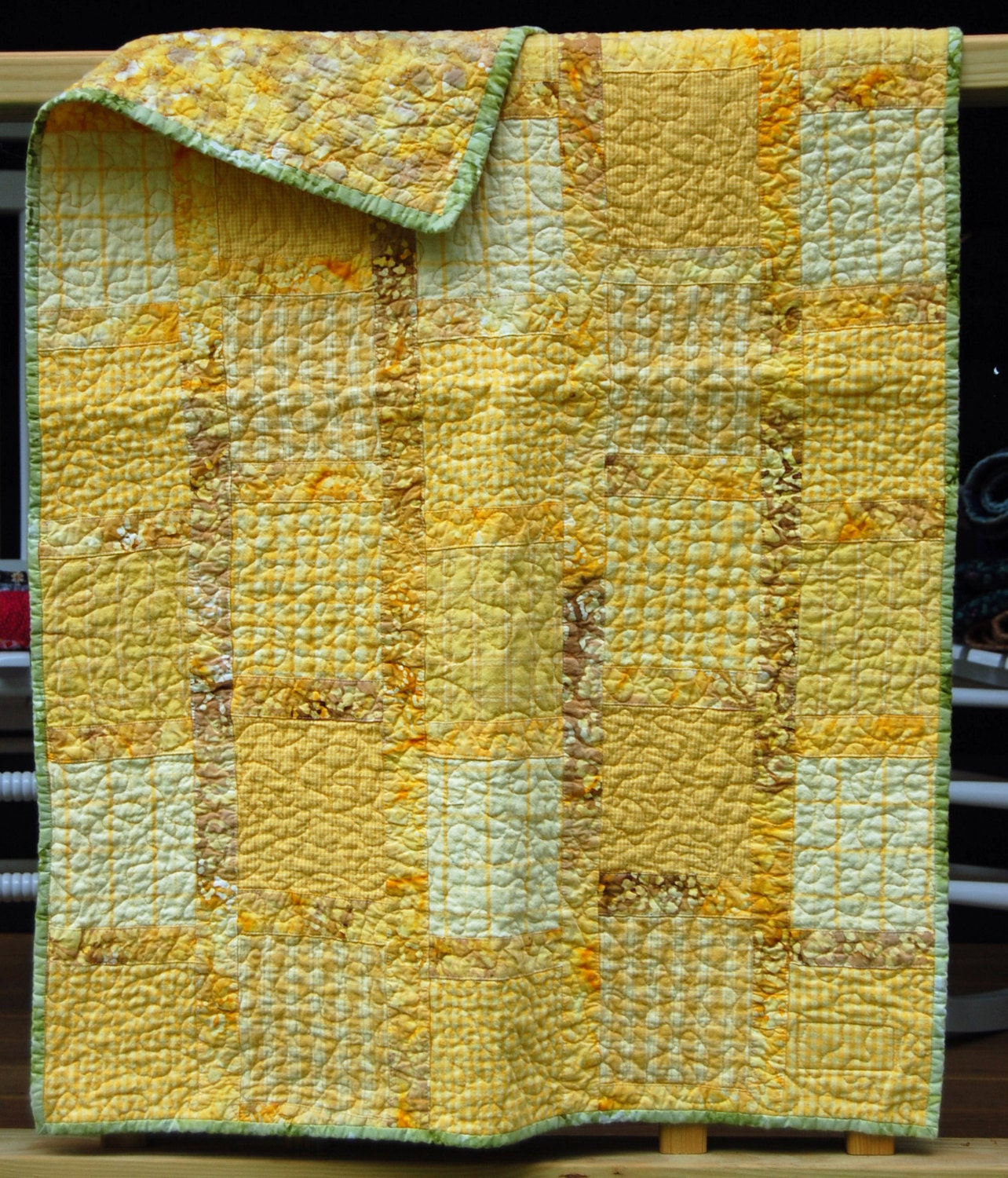 Quilt Patterns For Homespun Fabric : Yellow Quilt / Baby Quilt / Homespun Fabric / Cotton Quilt