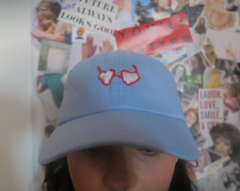Embroidered heart glasses baseball cap