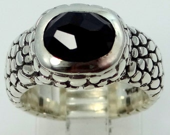 ZINA Sterling Silver Stingray Dome Ring with Black Onyx