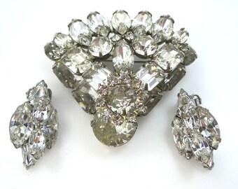 Weiss Layered Pin & Matching Earrings